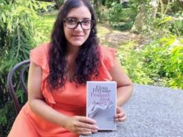 RECENZE: Nová kniha Eleny Ferrante je román pro teenagery